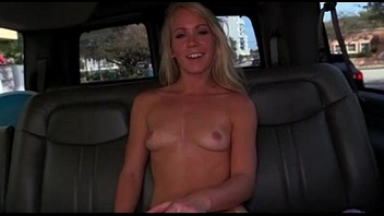 Arousing blonde plays the seductress in the bus