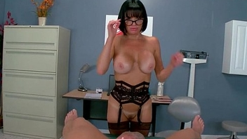 Perv Doctor Give Sex Treat For Horny Sluty Patient (Veronica Avluv) mov-29