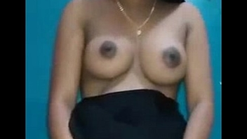 Indian Wife Stripping Nude Showing Absent Tits - DesiPapa.com